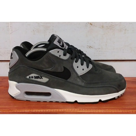 pretty nice 840b7 ac4ef Nike Air Max 90 Anthracite Wolf Grey 9. M 5cd8f82616105d599584b344. Other  Shoes ...